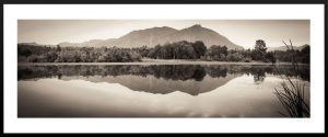 water reflection of mount si the pacific northwest